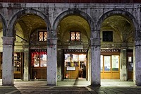 'Osteria del Bancogiro' Rialto market place. Traditional restaurant in the market area of Venice, Italy