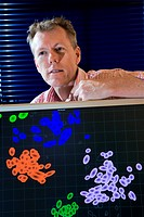 Derek Smith, British virologist and epidemiologist with a ´map´ of the human influenza virus subtype AH3N2. Smith is Professor of Infectious Disease I...