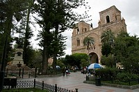 Ecuador. Cuenca city. Calder&#243;n square and the new Cathedral
