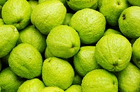 Close_up of guavas