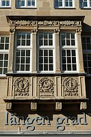 Germany, Muenster, Westphalia, Muensterland, North Rhine-Westphalia, bay windows at a business premises in the old town, renaissance