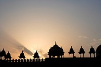 Sunset at Jami Masjid in Fatehpur Sikri built during second half of 16th century made from red sandstone , Agra, Uttar Pradesh, India UNESCO World Her...