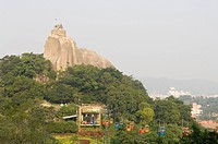 famous rock mountain in xiamen