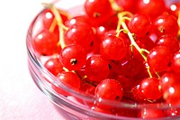 Bowl of red currant