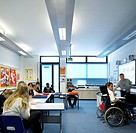 BRISLINGTON ENTERPRISE COLLEGE, FLACQ ARCHITECTS BRISTOL, 2008. INTERIOR SHOT OF A CLASSROOM SHOWING STUDENTS AT WORK