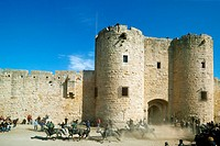 France, Camargue, Aigues Mortes, city walls