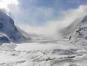 Canada,Alberta,Jasper National Park,Columbia Icefield,Athabasca Glacier,Athabasca Glacier in winter