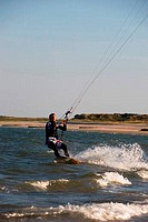 GERMANY, SCHLESWIG HOLSTEIN, NORTH FRISIAN ISLANDS, SYLT ISLAND, HÖRNUM, KITEBOARDER