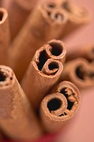 Several cinnamon sticks close_up