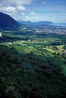 U.S. Hawaii, mountain valley scenery