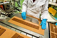 chocolat stella, fabbrica di cioccolato, giubiasco, canton ticino, svizzera