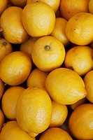 Lemons at a market