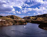 USA, Idaho, Lucky Peak State Recreation area, boating