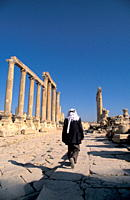The Cardo, the colonnaded street, Jerash, Jordan, Middle East