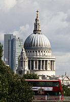 Saint Paul's Cathedral, Double Decker London Red Bus, Iconic London Image