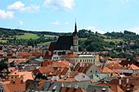 Cesky Krumlov  Czech Republic  Look of the city with Saint Vito's Church from the way up to the Castle's viewpoint  Saint Vito's church construction s...