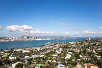New Zealand, Auckland, North Island, View of city skyline