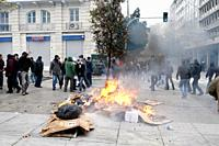 Protesters clash with the riot police, throw petrol bombs and stone against them  General strike in Greece as unions protest new labor reforms amid pe...