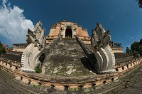 wat chedi luang temple stupa, chaing mai, thailand