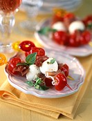 Cherry tomato, feta and raw ham brochettes (thumbnail)