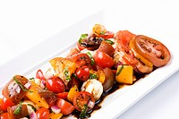Heirloom Tomato and Mozzarella Salad with Balsamic Dressing