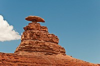 Mexican Hat Rock, Mexican Hat, Utah, USA