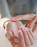 USA, New Jersey, Jersey City, Close_up view of woman hands