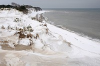 Winter on the Baltic Sea on the west coast of Ruegen Island, Jasmund National Park, Ruegen, Mecklenburg-Western Pomerania, Germany, Europe