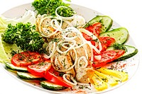 Grilled chicken with various vegetables