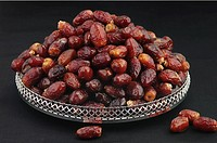 Tary with Dates