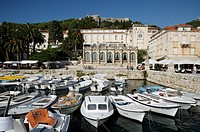 Croatia, Hvar island, Hvar  In old town, harbour, venetian loggia and Spanjola fortress