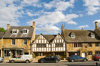 Historic village, half-timbered houses, High Street, Chipping Campden, Cotswolds, Cotswold, Gloucestershire, England, United Kingdom, Europe
