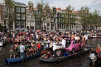Gay parade on the Prinsengracht canal and the Amstel river, August 2009, Amsterdam, Holland, Netherlands, Europe