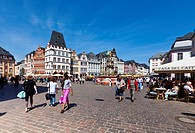 Hauptmarkt square with the Steipe building and the Rotes Haus building, Ratskeller Restaurant, Trier, Rhineland_Palatinate, Germany, Europe