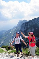 Mountain hikers ascending, Salzburger Hochthron, Untersberg, Berchtesgaden Alps, Berchtesgaden, Upper Bavaria, Bavaria, Germany