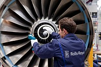 Rolls-Royce aircraft engine production, final assembly of V2500 engines for the Airbus A320 family, Dahlewitz, Blankenfelde-Mahlow, Brandenburg, Germa...
