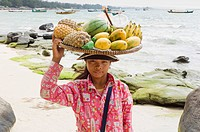 Beach vendor with fruit, Serendipity Beach, Sihanoukville, Cambodia, Indochina, Southeast Asia