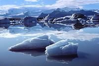 Iceland, Vatnajokull Glaciar, Jokulsarlon Ice Lagoon.