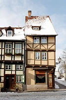 Historic half-timbered houses, snow-covered, Neuendorf, historic, Quedlinburg, Harz, Saxony-Anhalt, Germany, Europe