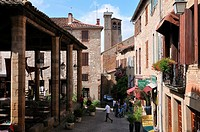 Village of Cordes, founded in 1222, Gothic architecture, A rich cloth industry has enabled the villagers to build palaces, Cordes, Tarn, France