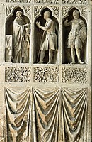 FRANCE CHAMPAGNE HAUTE MARNE 51 REIMS THE GOTHIC CATHEDRAL HIGH RELIEF SCULPTURES OF SAINTS AND SOLDIERS