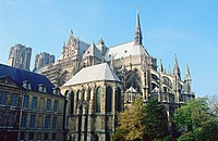 FRANCE CHAMPAGNE HAUTE MARNE 51 REIMS THE GOTHIC CATHEDRAL REAR FACADE