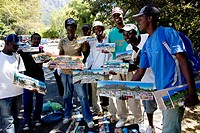 Street vendors selling art, township art, crafts, Cape Town, South Africa, Africa