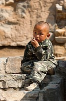 Kid, traditional village of Cuandixia, Greater Beijing, China, Asia