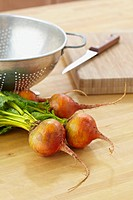 Beets on kitchen counter