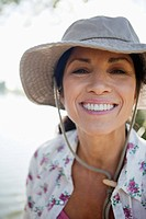 Woman smiling (thumbnail)