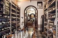 Wine shop, Enoteca Marcucci, Pietrasanta, Tuscany, Italy, Europe