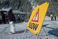 Skiers ingnoring speed limits, Zillertal, Austria, Europe