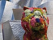 Escultura floral del perro Puppy en el Museo Guggenheim de Bilbao - Vizcaya - Euskadi - España