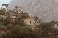 Close to Hawka, the St Antoine de Kozhaya convent